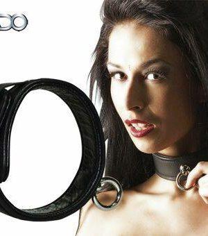 Lederen halsband met ring