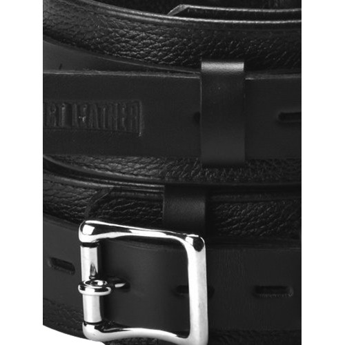 Deluxe dijboeien van Strict Leather